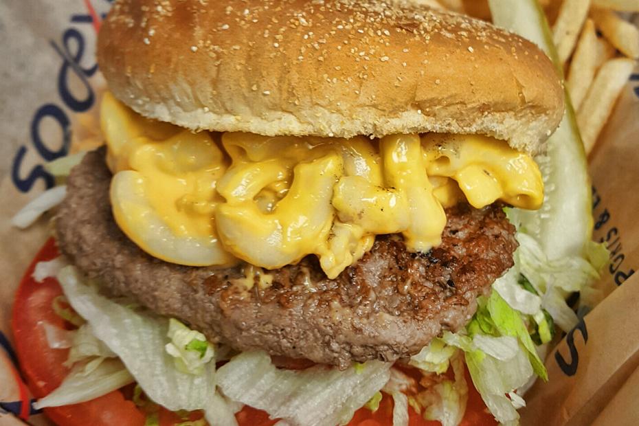 New food options available at dwrrs arkansas razorbacks for Arkansas cuisine
