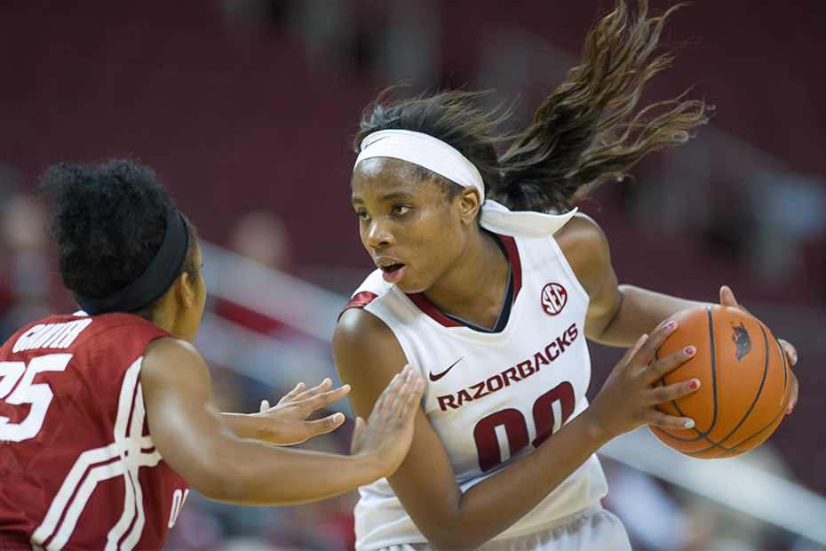 Jackson Scores 1,000th-Career Point; Three in Double ...