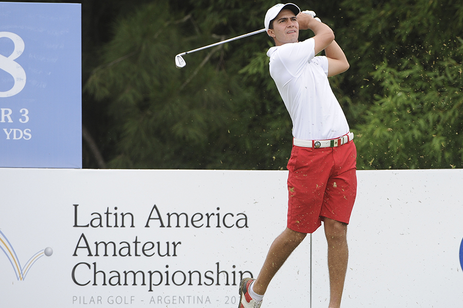 Buenos Aires, Argentina: Alvaro Ortiz of Mexico tees off at the 8th hole during the third round at the 2015 Latin American Amateur Championship at Pilar Golf Club on Saturday January 17th, 2015. Enrique Berardi/LAAC.