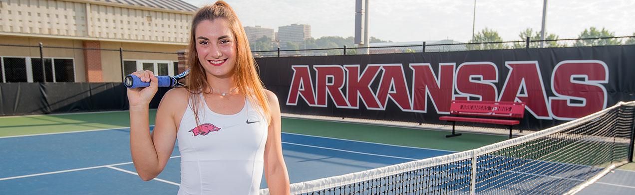 Ana Oparenovic