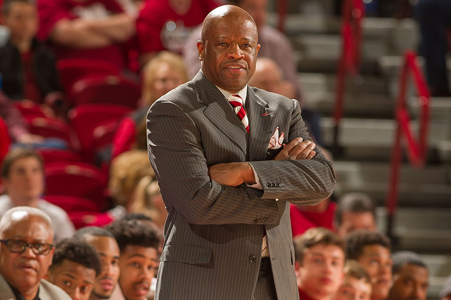 Mike-anderson-mbb-2015-16-1493