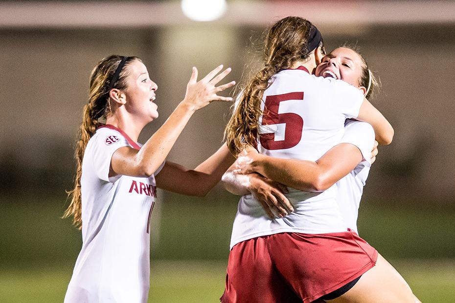 Article-soccer-arkansas-vs-florida-091616