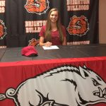 julia-dean-signs-nli