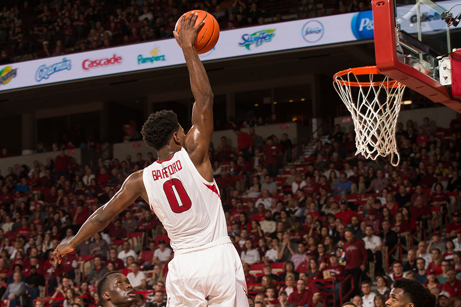 Hogs to clash with Oklahoma State in SEC/Big 12 Challenge