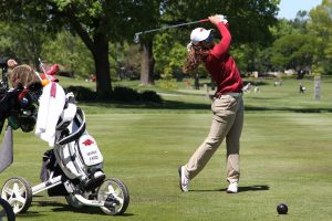 Fassi, Kim Help Arkansas To Top Of Leaderboard