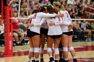 Razorbacks Drop Five-Set Thriller to No. 3 Florida