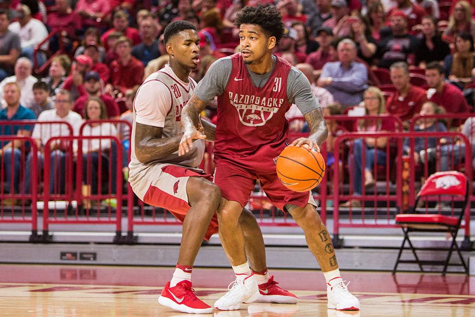 Jones And Gafford Shine In Red-White Game | Arkansas Razorbacks