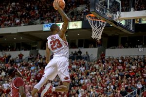 Razorbacks Rock Troy In Central Arkansas