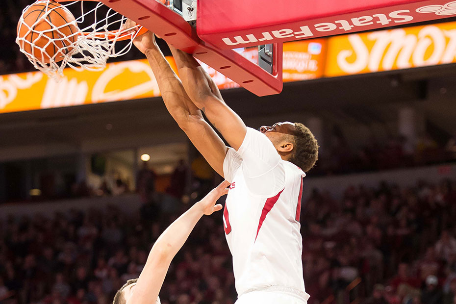 Hogs Use Late Run To Defeat Missouri