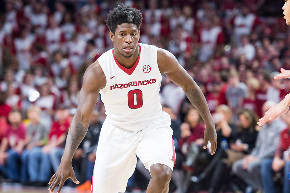 Arkansas Looks To Get Back On Track At Alabama