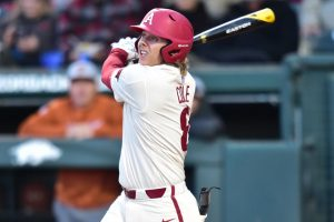 Razorbacks Can't Stave Off Bulldog Rally