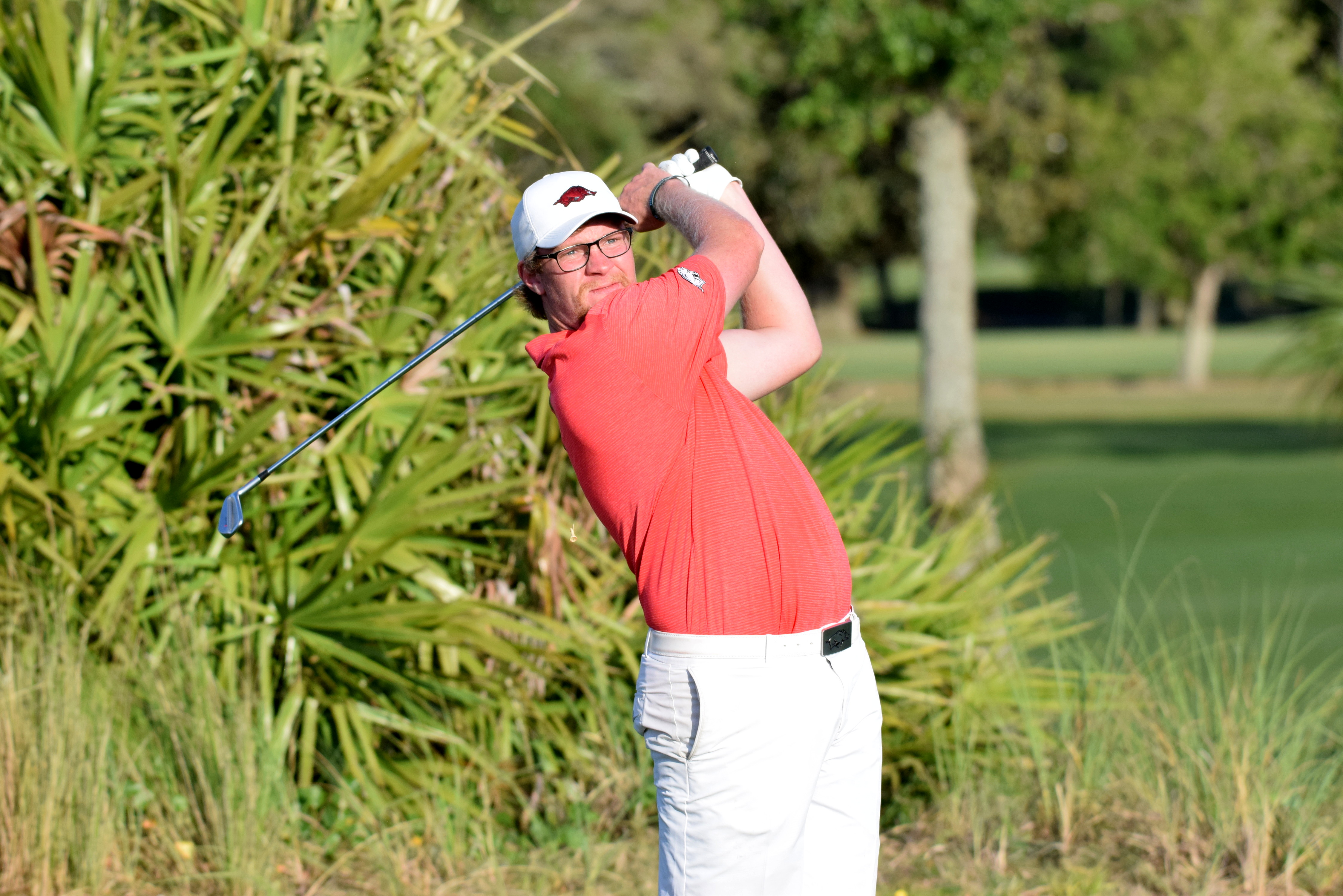 Buhl, Razorbacks In Tie For Second After Day One