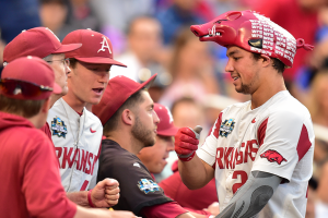 Final: Arkansas 5, Florida 2