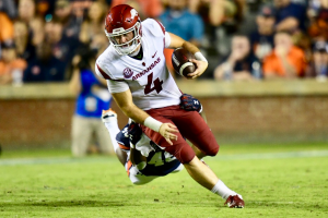 Arkansas Drops SEC Opener at Auburn