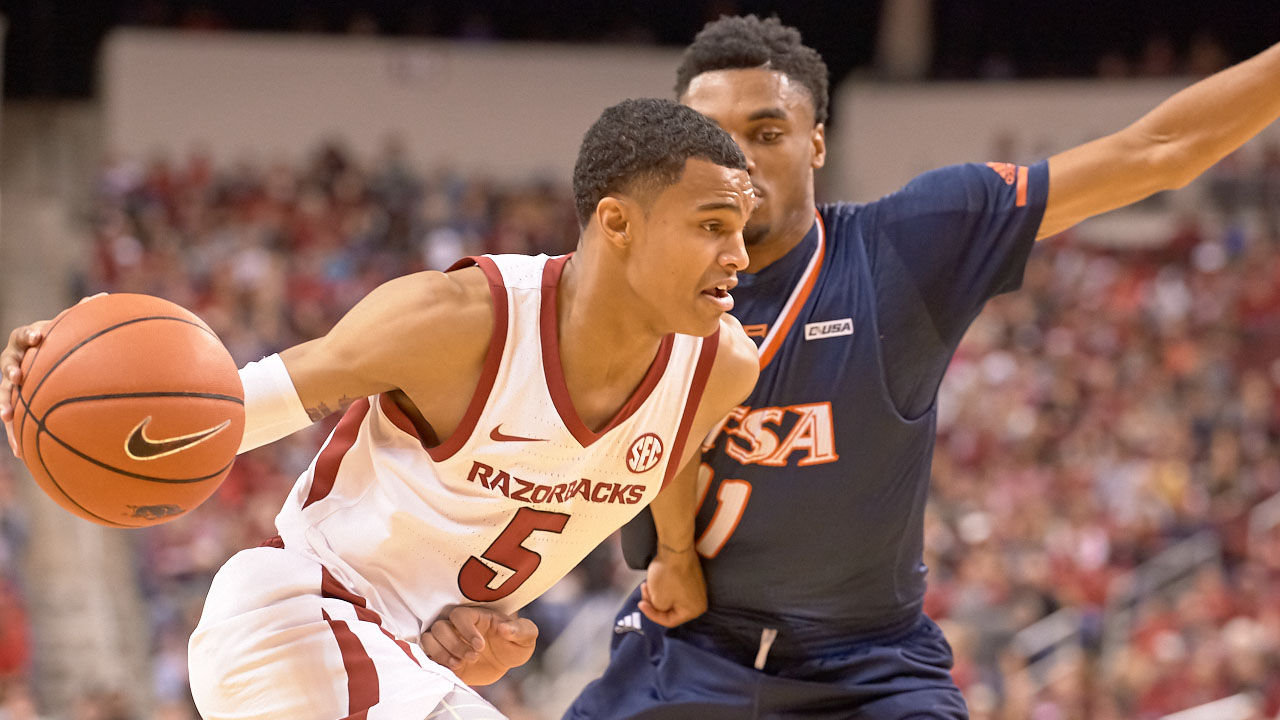 arkansas hosts georgia tech wednesday at 8 pm arkansas razorbacks