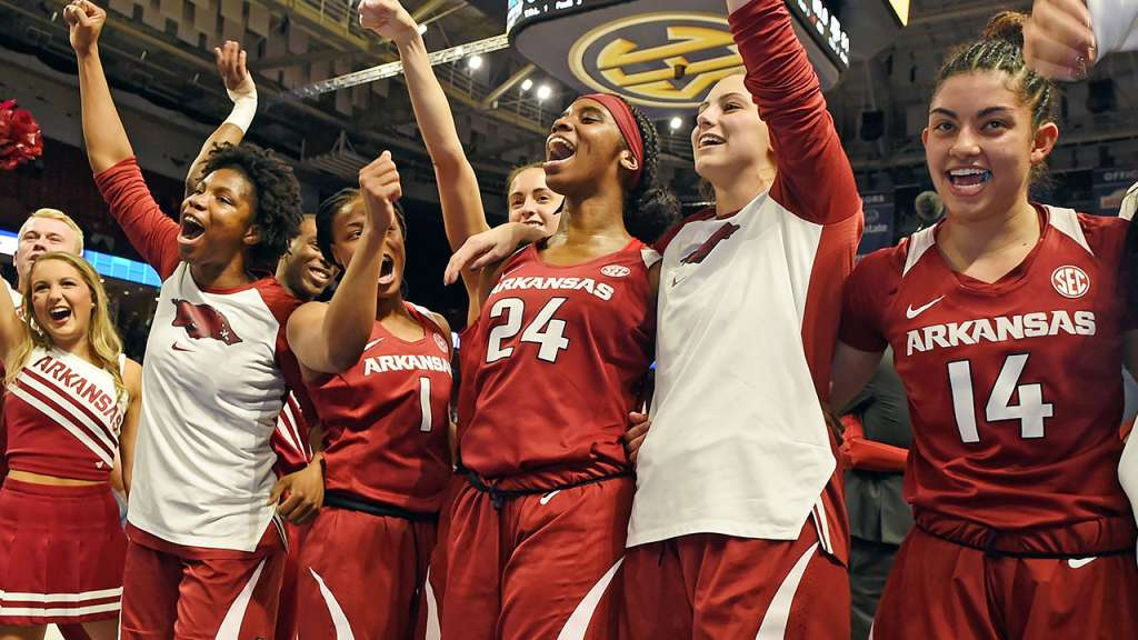 Razorbacks Host TCU in WNIT