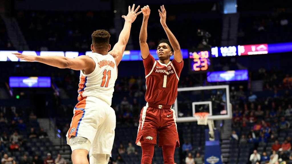 Arkansas Falls to Florida in SEC Tournament