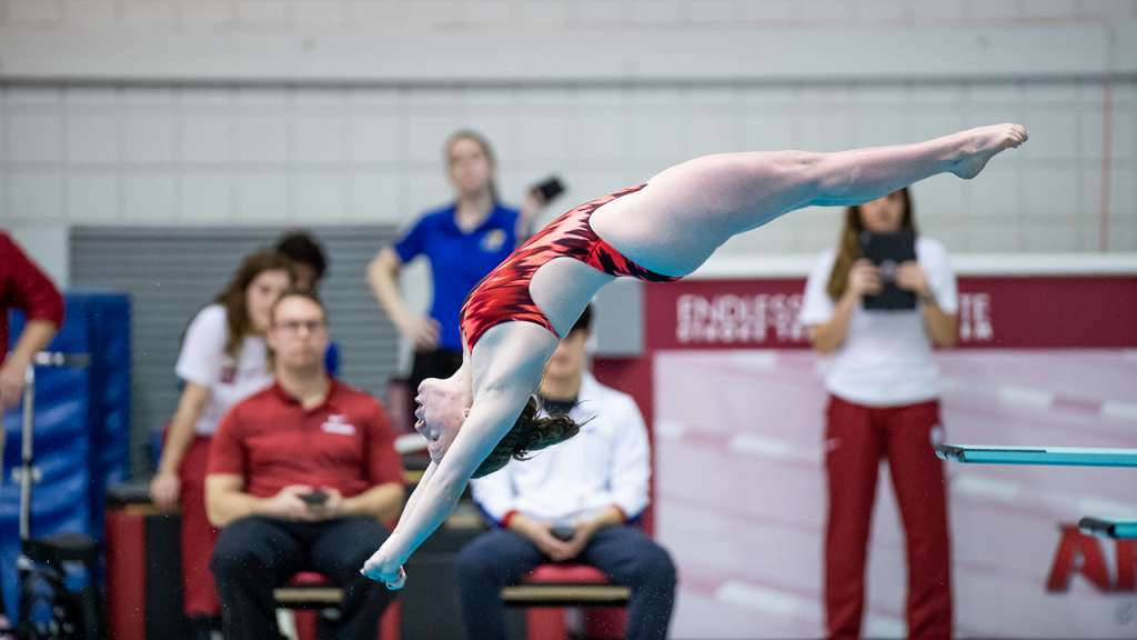 Amer, Schultz Conclude Competition at FINA Grand Prix