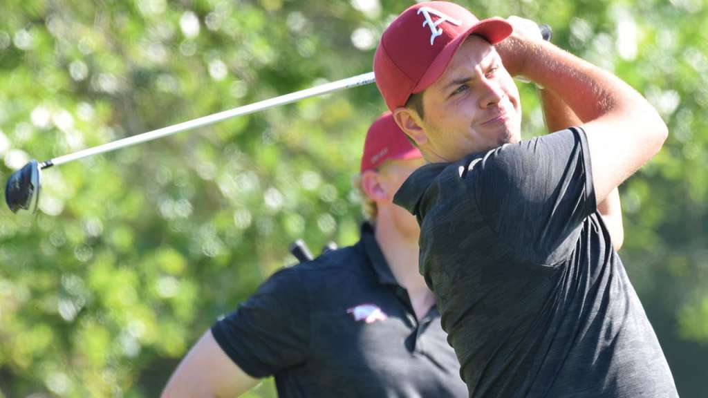 Perico Leads Razorbacks After Day 1 at SEC Championships