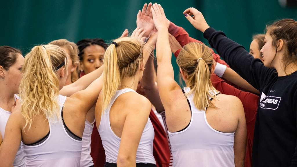 Razorbacks to Close Out Regular Season