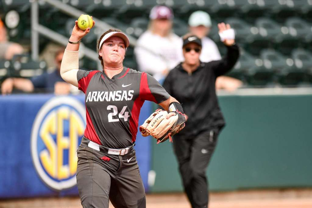 Arkansas Falls at SEC Tournament