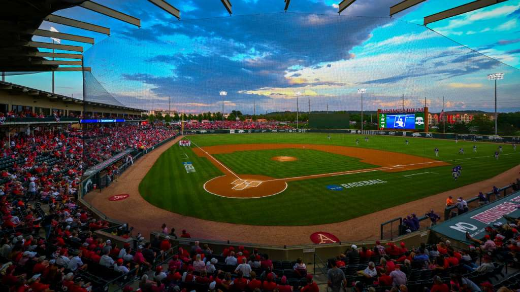 Hogs Set To Face Sooners Friday In Baum-Walker