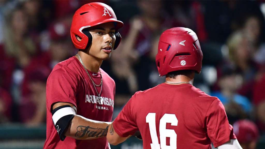 Arkansas Closes In On End Of Fall With Oklahoma St.