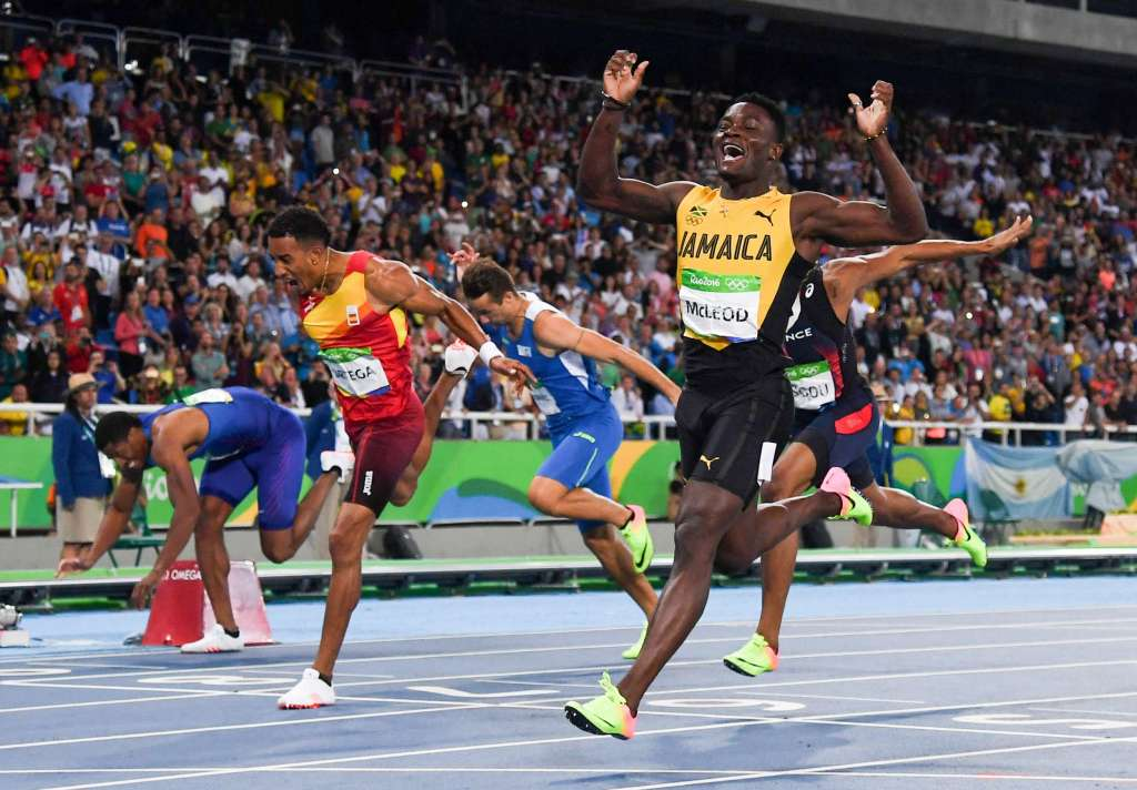 IAAF Day 4 – McLeod Advances to Semifinal in 110mH