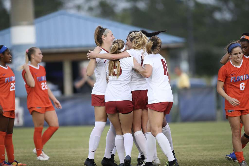 No. 6 Soccer wins 3-1 against Florida in SEC semifinals, advances to fourth-straight title game