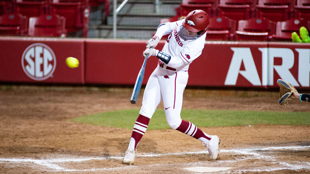 No. 23 Arkansas Overpowers SDSU and Marist in Doubleheader Sweep