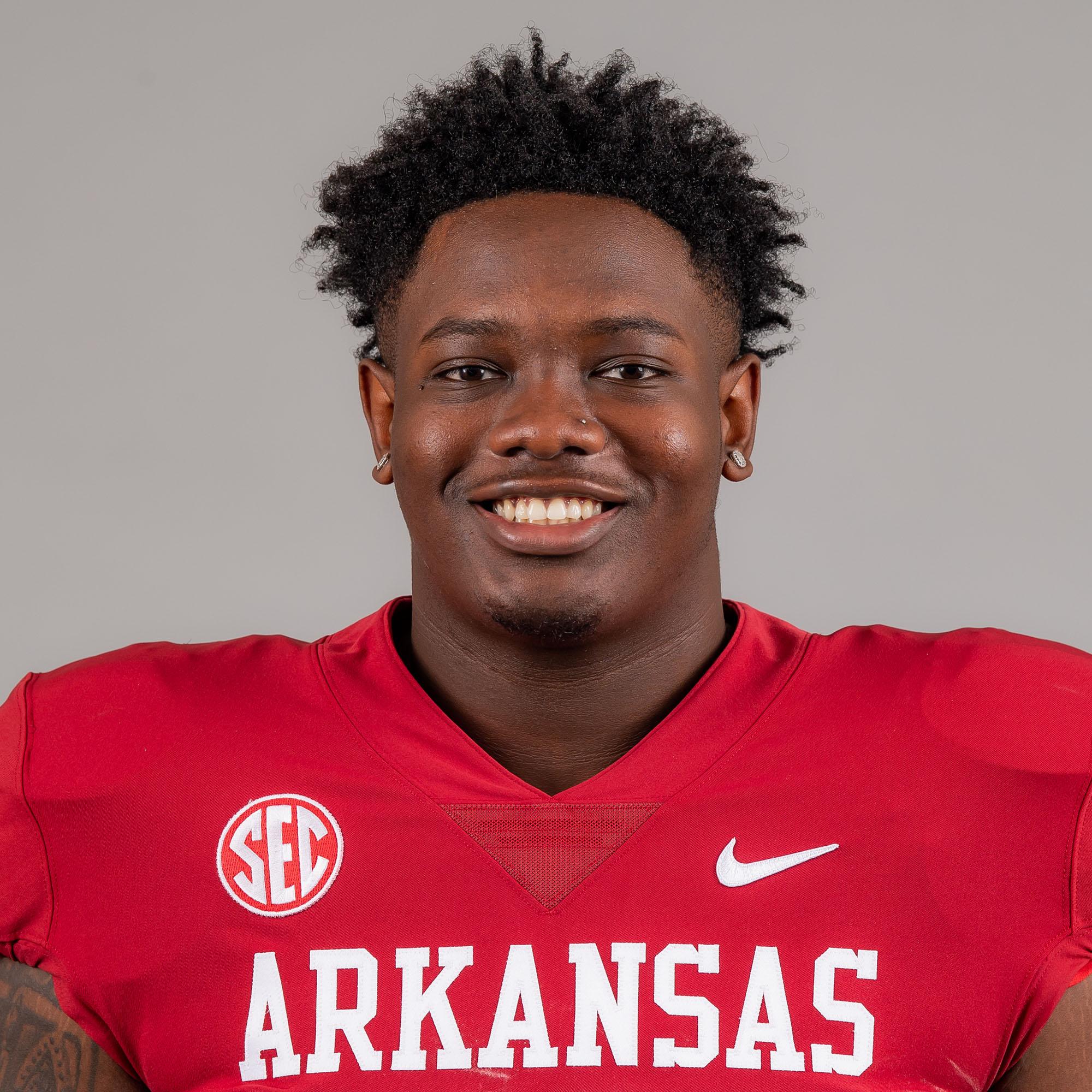 Ray Curry Jr. - Football - Arkansas Razorbacks