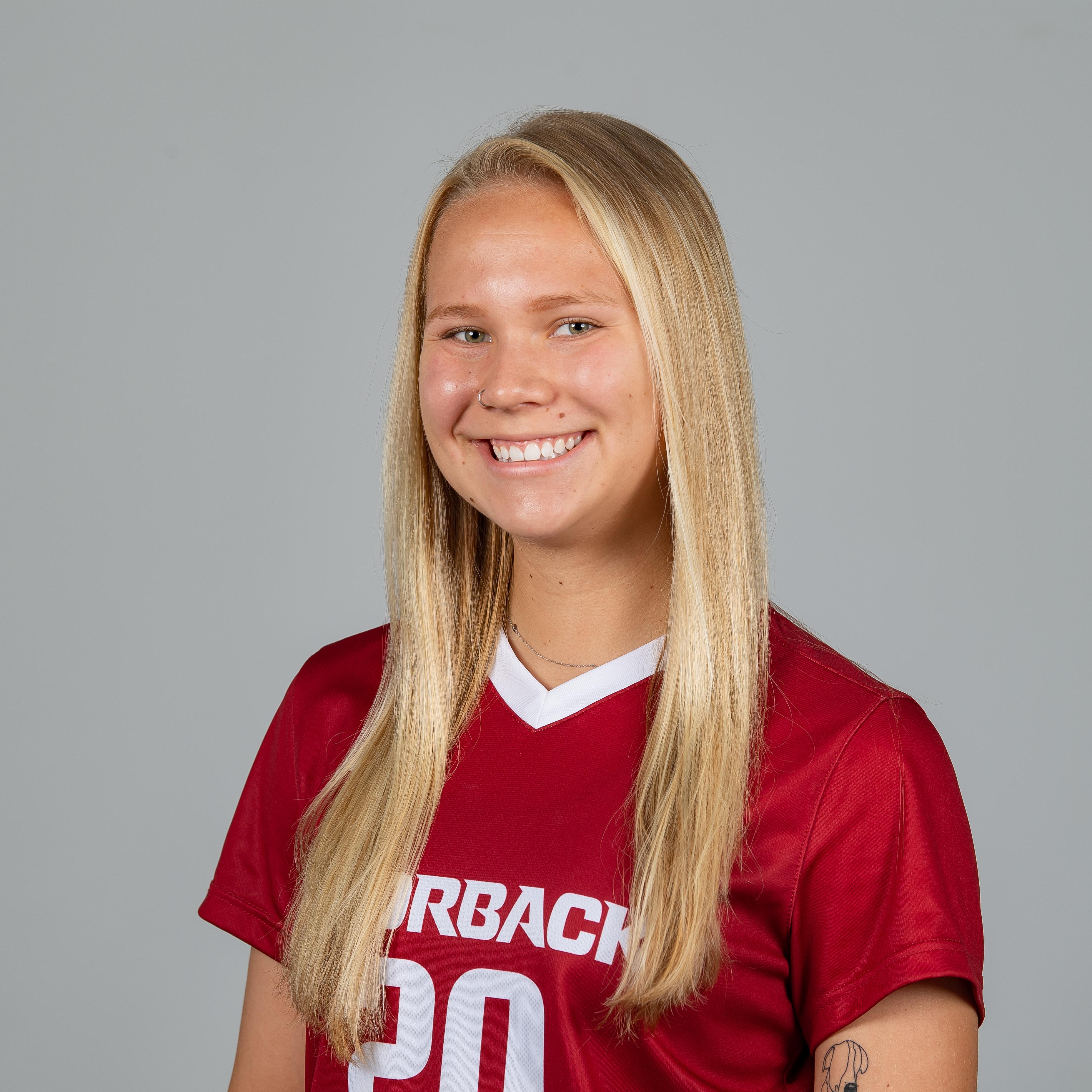Emilee Hauser - Soccer - Arkansas Razorbacks