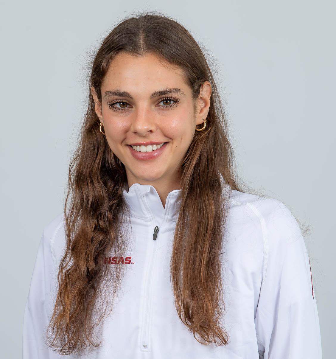 Julia Paternain - Women's Track & Field - Arkansas Razorbacks