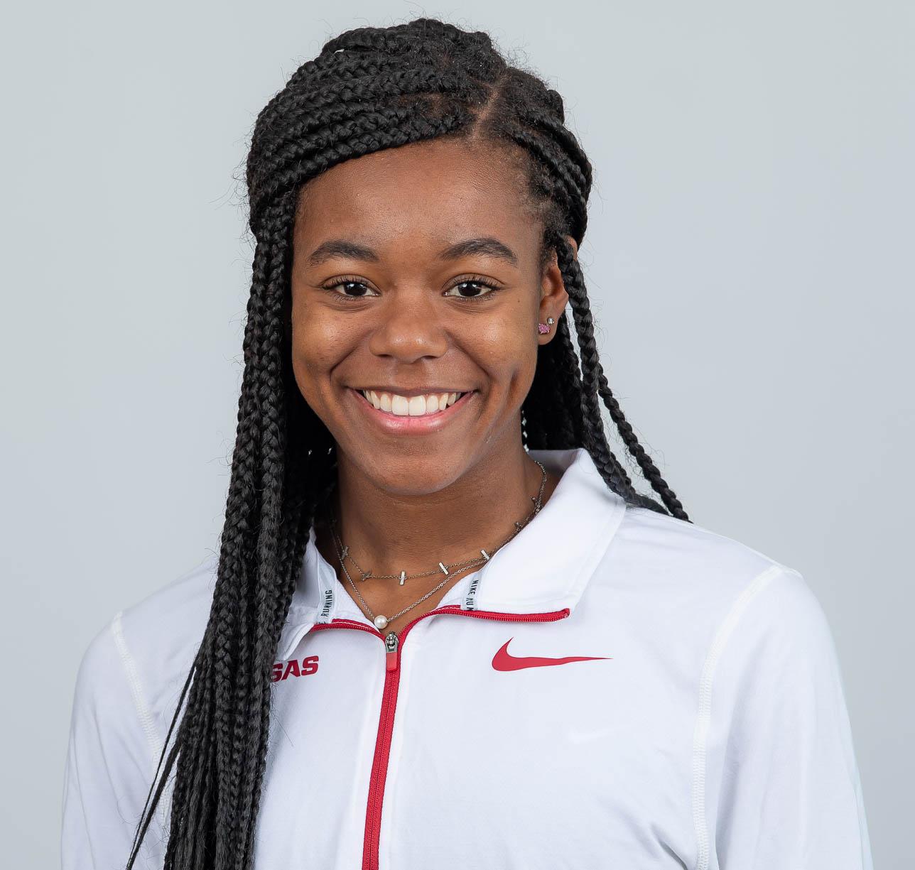 Alexis Torns - Women's Track & Field - Arkansas Razorbacks