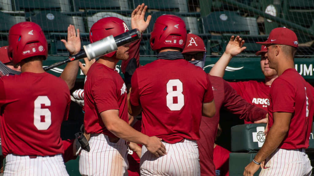 Red Team explodes in 11-run sixth, evens series