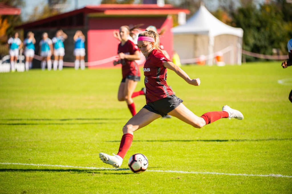 Goins selected by Racing Louisville FC in 2021 NWSL Draft