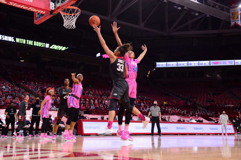 Dungee Takes Over, Arkansas Beats Ole Miss, 84-74