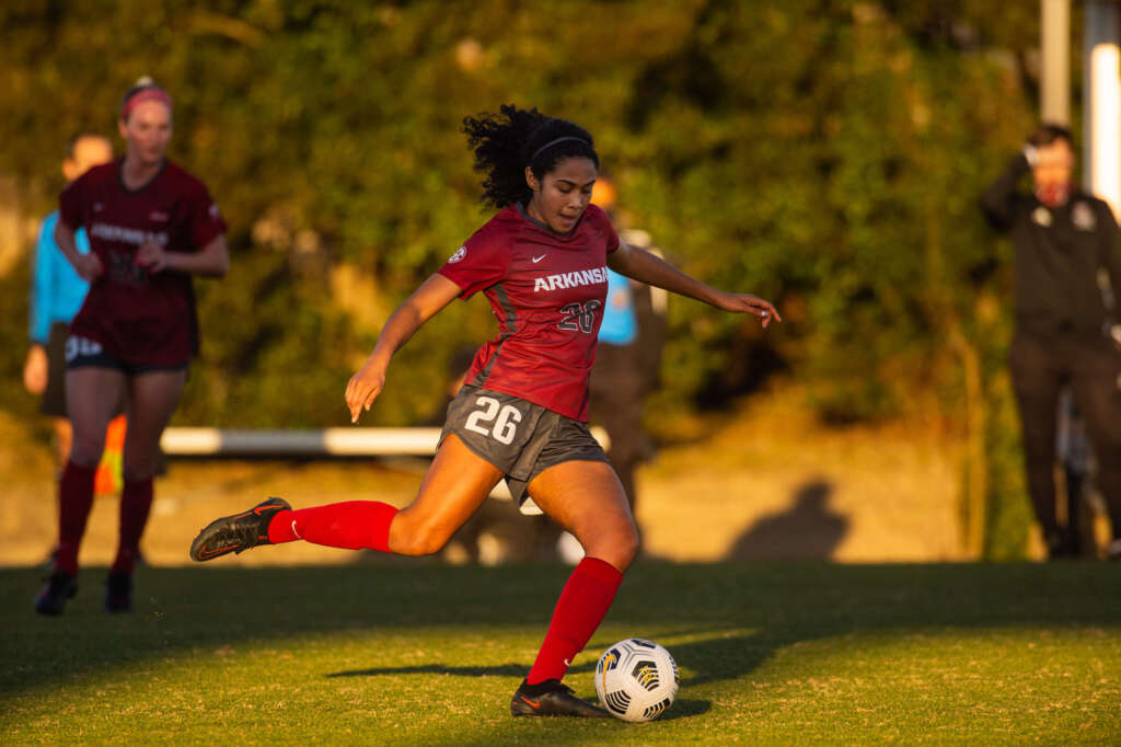 No. 18 Soccer wins first-ever matchup with in-state foe Arkansas State, 2-1