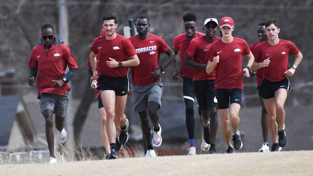 Arkansas transitions back to cross country for NCAA Championships
