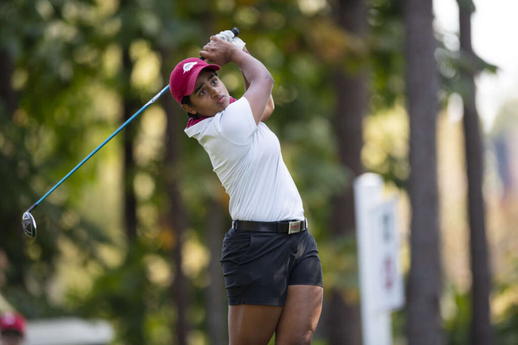 Mistry Propels Hogs Into Tie For Second