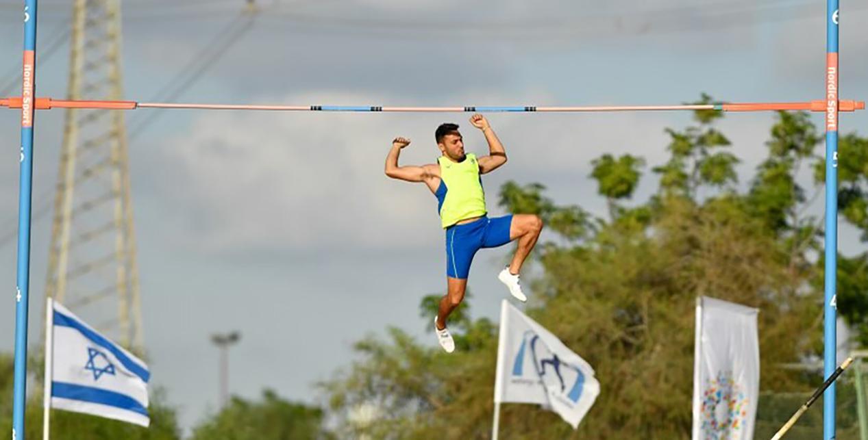 Etamar Bhastekar wins national pole vault title in Israel | Arkansas  Razorbacks