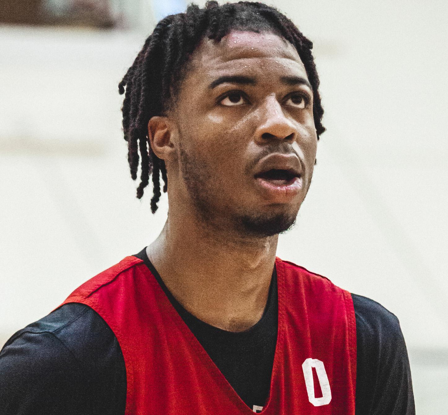 Stanley Umude - Men's Basketball - Arkansas Razorbacks