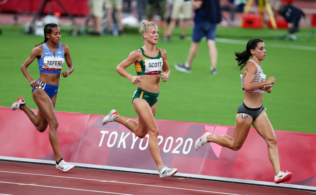 Scott completes second Olympic journey in 10,000m final